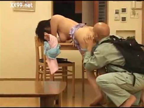 ไอ้โล้นซ่า จับข่มขืนเมียชาวบ้าน