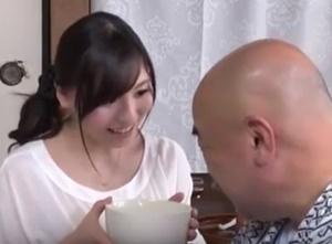 เย็ดสะใภ้เธอเงี่ยนหี หนังโป๊ญี่ปุ่นแนวพ่อผัวลูกสะใภ้