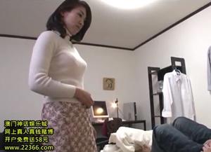 หนังโป๊ญี่ปุ่นแนวครอบครัว ลูกเย็ดแม่ตัวเอง เพราะแม่เงี่ยนหี