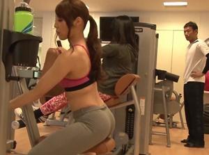 หนังโป๊ญี่ปุ่น หลอกเย็ดหีสาวออกกำลังกายในฟิตเนส