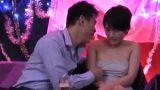 หนังโป๊ญี่ปุ่น แขกเงินหนาขอเย็ดหีสาวบาร์ในร้านคาราโอเกะ