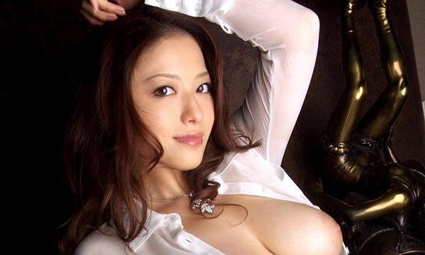 Porn xxx ไฮโซสาวสุดแซ่บ เธอขายตัวให้ผู้ชายเย็ดหี ไม่เซ็นเซอร์