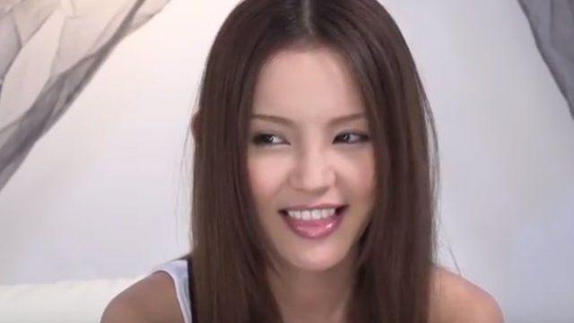 Emiri Okazaki xxx สาวสวยน่ารักเกินห้ามใจ เธอขายหีเป็นดาราหนังเอวี ไม่เซ็นเซอร์