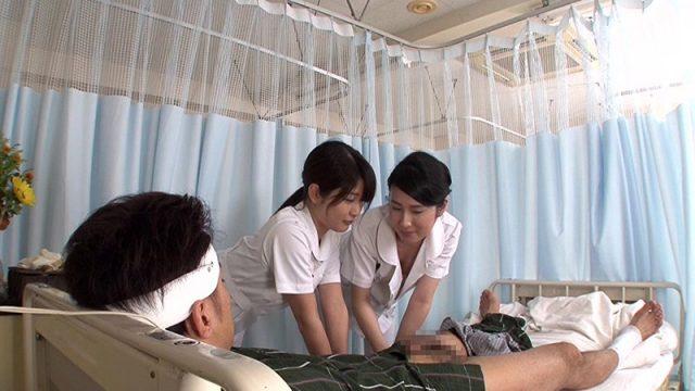 สาวพยาบาลใช้รูหีกระเด้ารีดน้ำควยจากคนไข้ เข้าเวรดึกแล้วพยาบาลจะเงี่ยนหี เลยแอบเย็ดกับผู้ป่วย